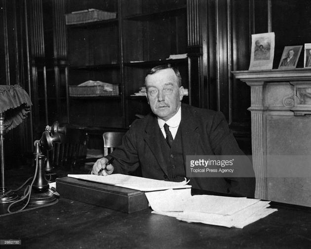 From Foundry to Foreign Office: the Life of Arthur Henderson (1863-1935), Labour Party Leader